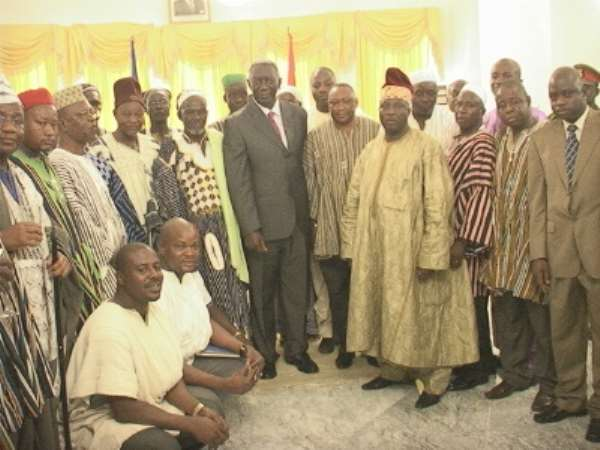 President Kufuor Meets Bawku Na-Ba, Others Over Ethnic Clashes