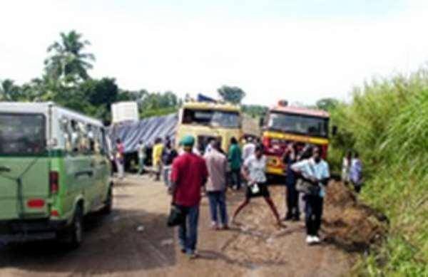 5 Vehicles Crash At Asuboi