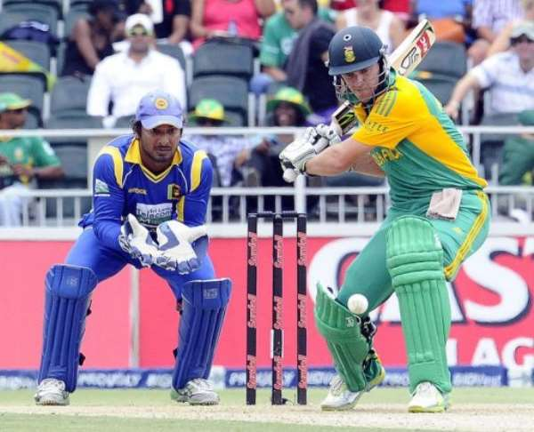 De Villiers finished unbeaten after facing 98 deliveries.  By Stephane de Sakutin (AFP)
