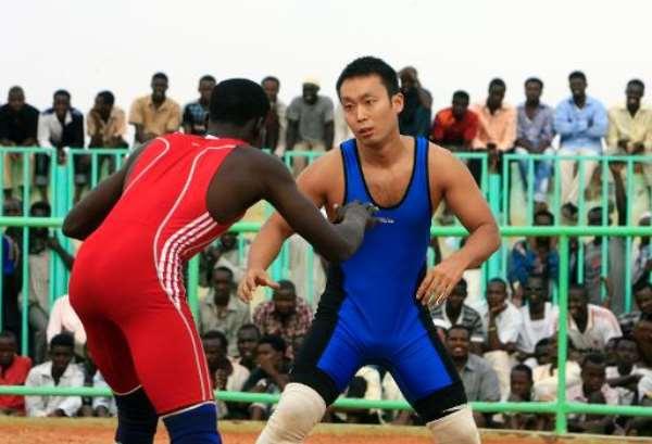 Japan's wrestling diplomat in Sudan bout for final time