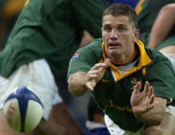 Then South Africa scrum-half Joost Van der Westhuizen during a Test against France in Paris, November 10, 2001.  By Olivier Morin (AFP/File)