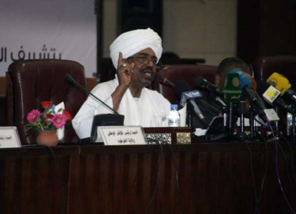 Sudanese President Omar al-Bashir speaks during a convention at the National Congress Party headquarters in Khartoum on September 27, 2014.  By Ebrahim Hamid (AFP/File)