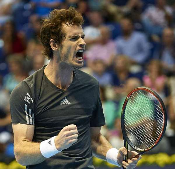 Epic encounter: Andy Murray beat Tommy Robredo 3-6 7-6 (9-7) 7-6 (10-8) in the Valencia Open final