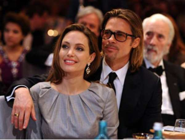 Angelina Jolie and Brad Pitt (© Getty Images/Pascal Le Segretain)