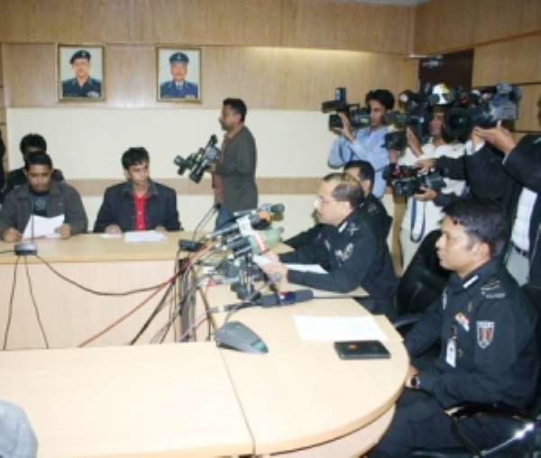 Briefing Hassan Mahmood, director general of the elite Rapid Action Battalion holds a press briefing on Dec. 29, 2009.