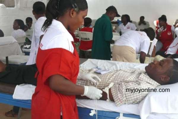 Some volunteers donating blood