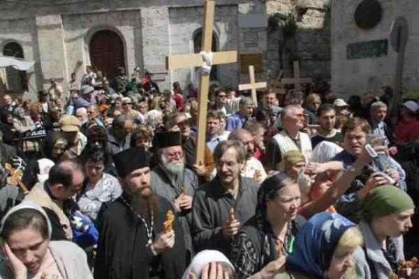 Christians on a pilgrimage in Jerusalem