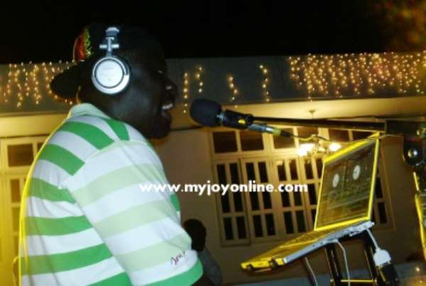 DJ Black doing his thing at the open-air upper terrace of Aphrodisiac night club
