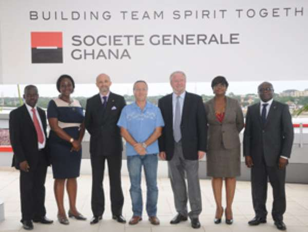 Officials of SG and GREL pose for the cameras