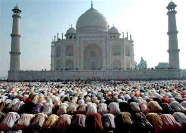 Ashaiman: Muslims Light Up Eid-Ul-Fitr Celebrations