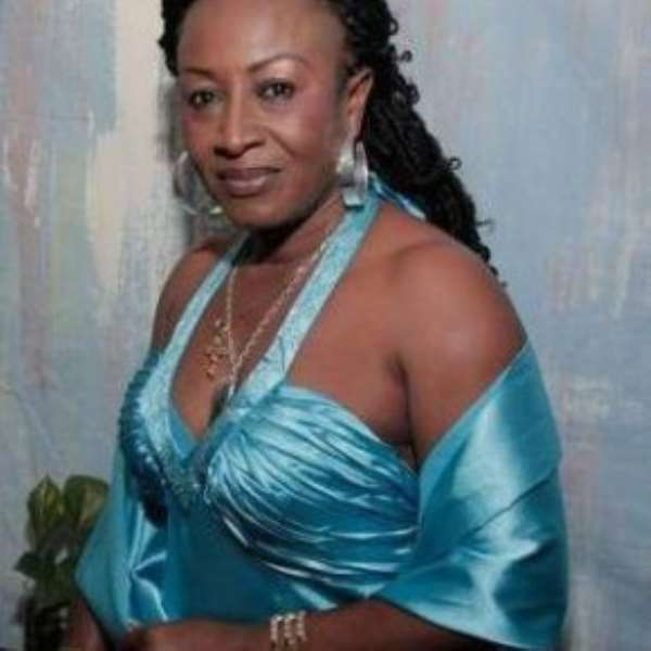 STAR ACTRESS,PATIENCE OZOKWOR A.K.A MAMA G IN MESSY BRAWL@ ABUJA AIRPORT.HOW SHE ASSAULTED TOP BIZMAN INSIDE AIRCRAFT