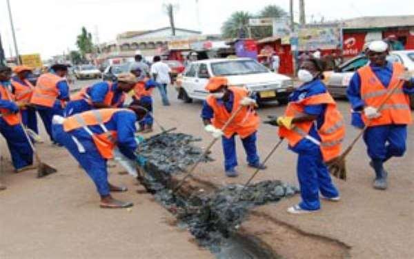 Minister Shares Cash On Sanitation Day