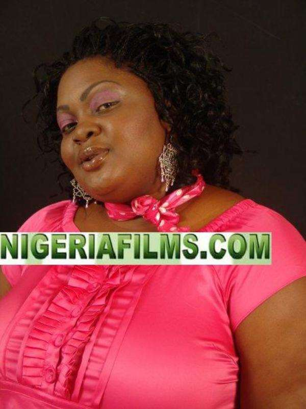 ACTRESS ENIOLA BADMUS LIVING LARGE