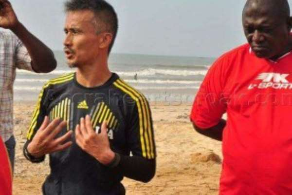 Kenichi Yatsuhashi does not fear being attacked by angry Hearts fans if he fails to win league title