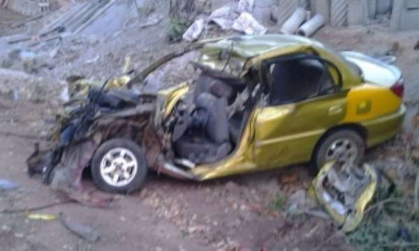 Takoradi: Three die in midnight head-on car crash