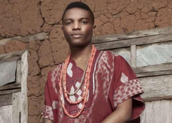 Wizkid- First Nigerian Artiste To Hit A  Million Twitter Followers