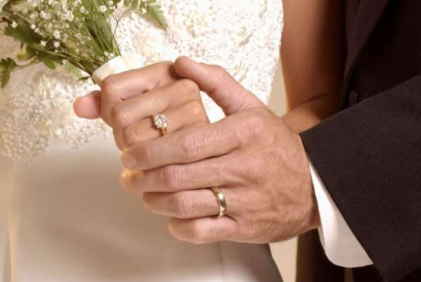 6 reasons to marry early
