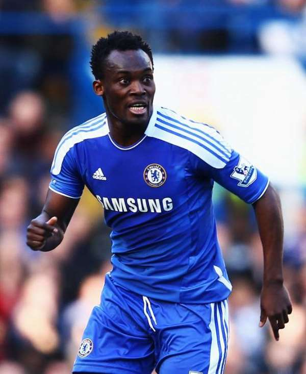 Michael Essien starts from the Chelsea bench