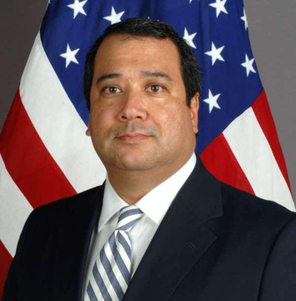 Outgoing US Ambassador calls on E.T.Mensah