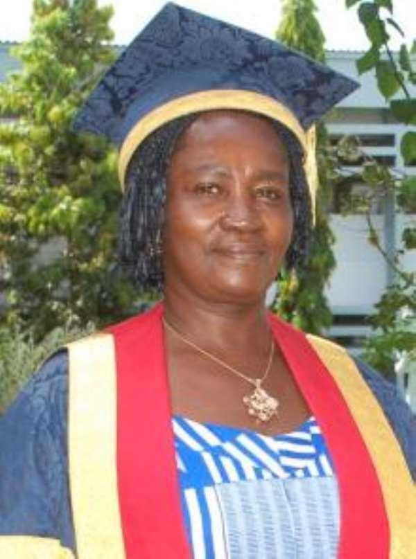 Profesor Jane Opoku-Agyemang