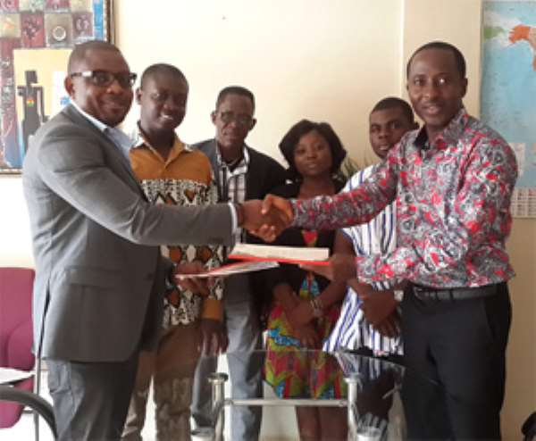 NGO Launches Scheme For Students