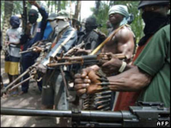 Nigeria militant group ends truce
