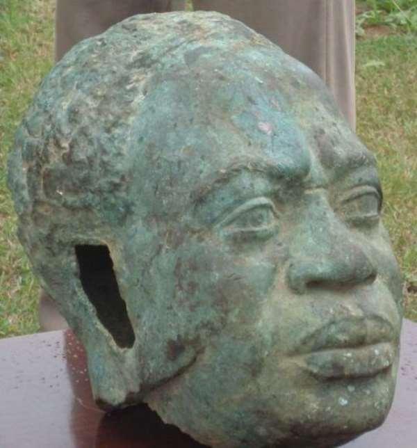 Broken Head; Broken Arm- Leave Nkrumah s Statue Alone...