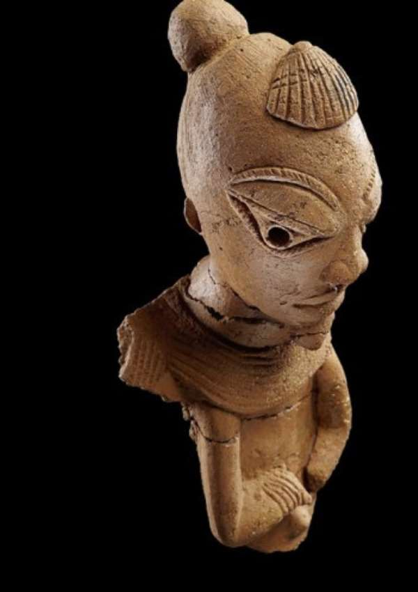 Nok sculpture, male figure with shell on his head, Nigeria, now in, Liebieghaus Sammlungen, Frankfurt, Germany  Photo: Goethe University Frankfurt, Institute for Archaeological