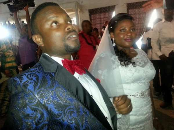 Okon Goes To Altar With Bride In Uyo (White Wedding Pix)