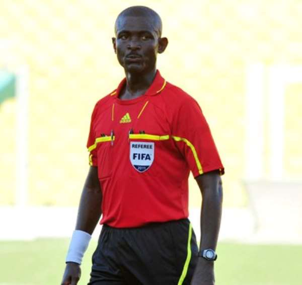 Referee Joseph Lamptey
