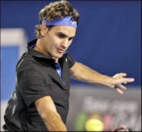 Federer Eases Through In Aussie Open