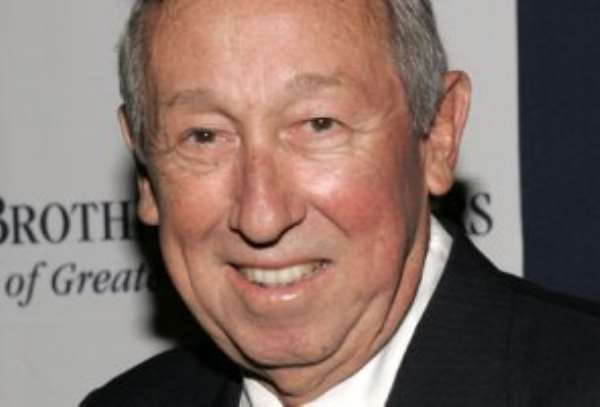 Roy Disney dies at 79 after cancer bout