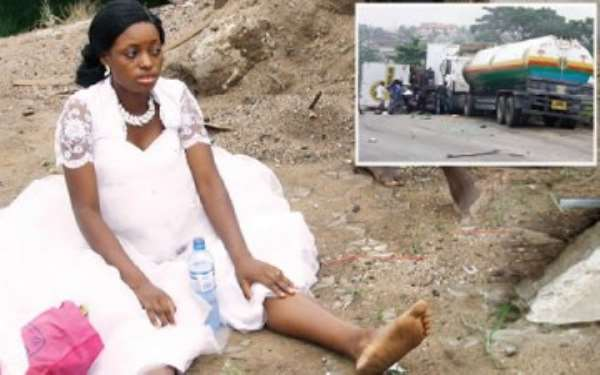 Bride and Groom narrowly escape death while going for Honeymoon