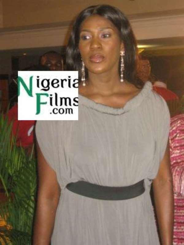 About Stephanie Okereke's 'Awkward' Dress Style To Movie Premiere