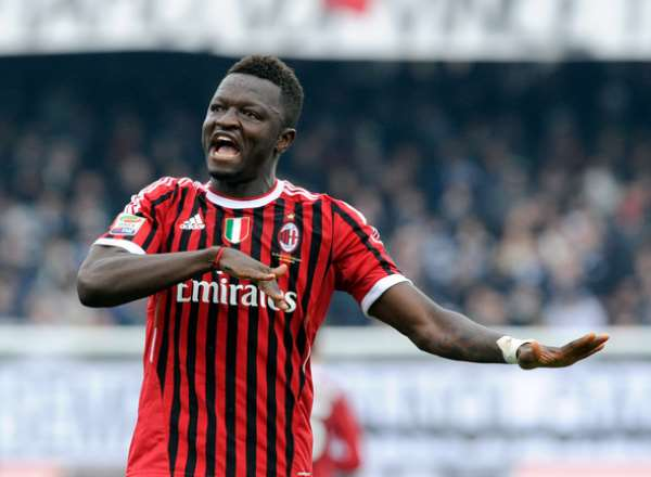 Essien sits out; Muntari makes appearance in Milan win