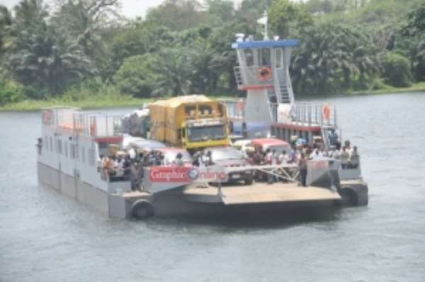 Congestion at Senchi ferry site eases
