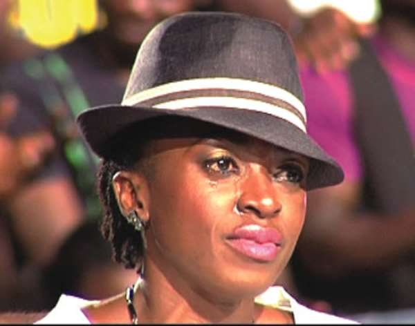 Kate Henshaw Disgusted By A Man At The Airport