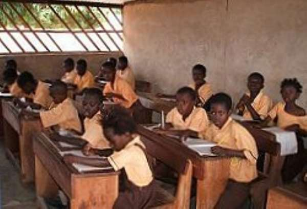 100 primary schools in two Ashanti districts benefit from Project