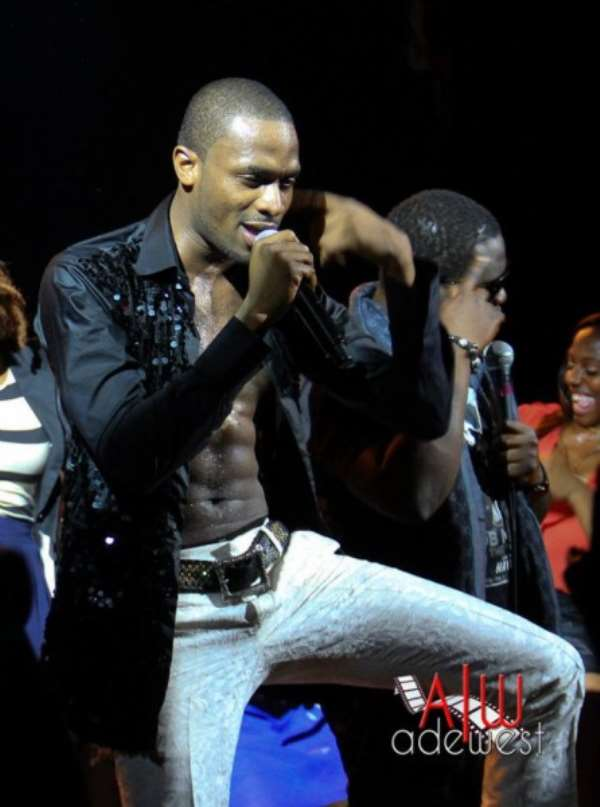 PHOTOS: MO'HITS ROCK AT THE 'LIVE IN NEW YORK CITY' CONCERT