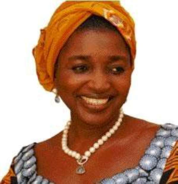 Chief Justice of Nigeria's wife killed by a falling Tree