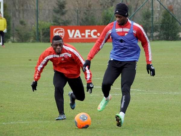 2014 World Cup: Ghana striker Majeed Waris set to make injury return in France as Valenciennes name hit-man in squad to face Guingamp
