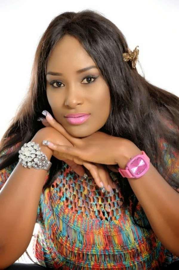 Actress Nkem Ike Showers Praises On Super Eagles Striker