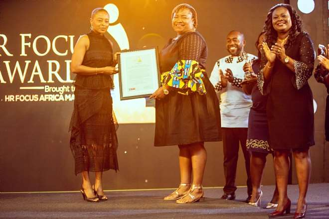 10152019100115-m6htl8w331-eunice-annor-manager-learning-and-development-receiving-one-of-the-awards-on-behalf-of-mtn-ghana