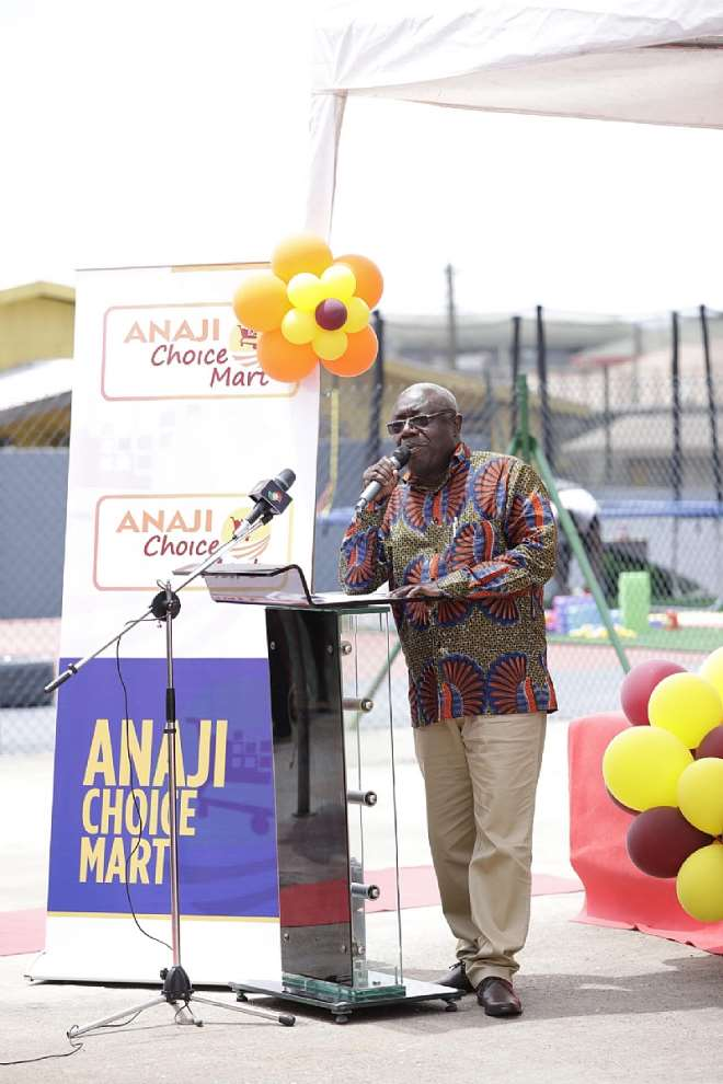 1028201831705 1h830o4bau western regional minister speaking at anaji choice mart opening ceremony