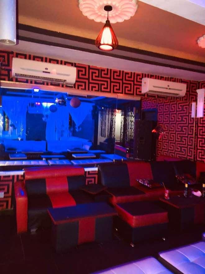 Fizzles Night Club Dansoman Vip