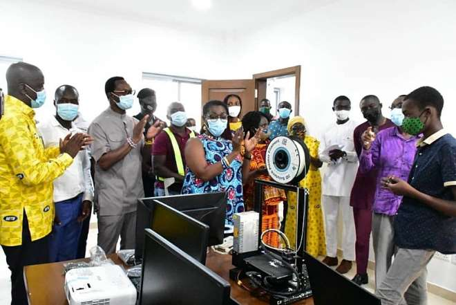 1126202063715-0g830m4yxt-a-student-from-the-ghana-robotics-academy-foundation-doing-a-demonstrating-for-mrs-ursula-owusu-ekuful-minister-of-communications-and-other-dignitaries-9