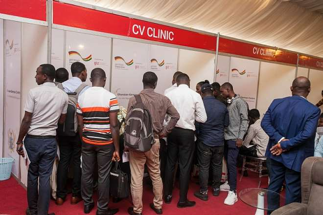 1252019105358-0f72ylkxxs-some-participants-at-the-cv-clinic