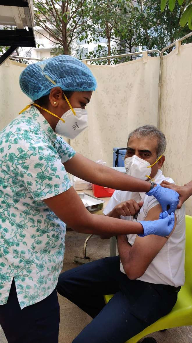 129202185344-swnaqdcp5k-vaccine-1