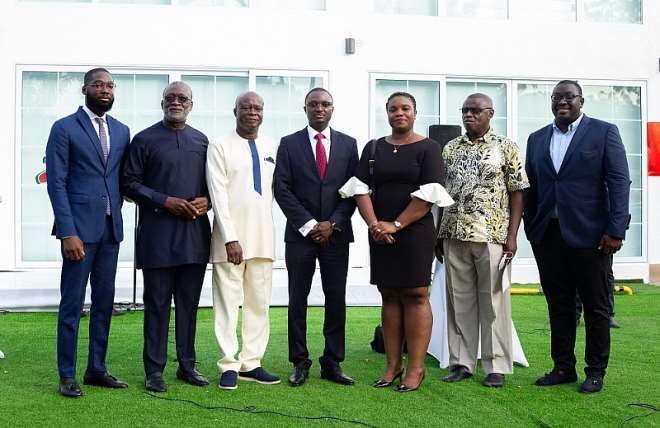 3302021114323-8dt2wkjvvq-the-leadership-of-zeepay-with-some-dignitaries-at-the-official-opening-of-the-zeepay-fintech-campus-1