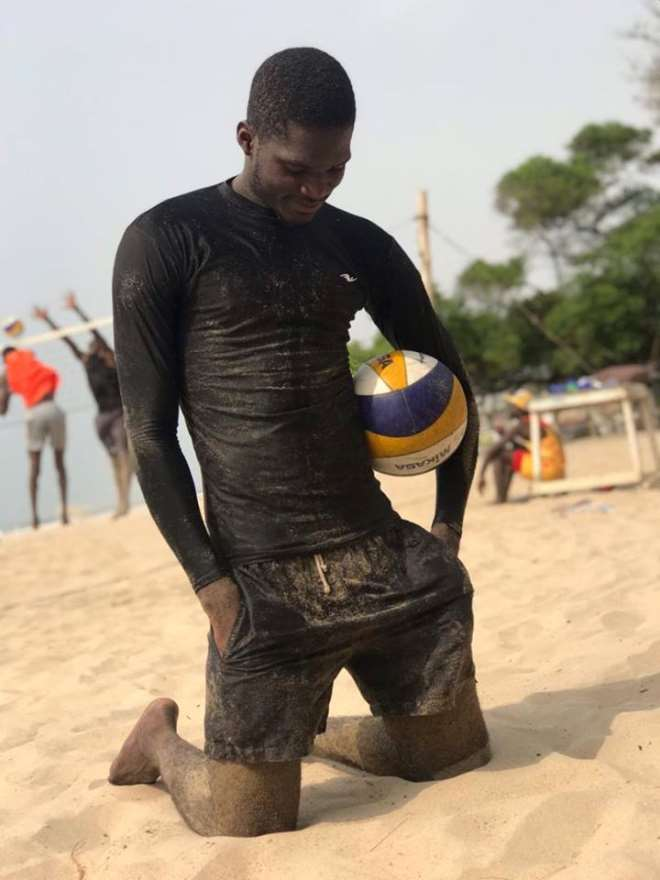48201972954 1j041q5ccw kelvin beach volleyball star